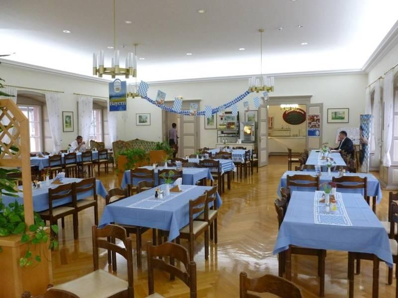 Schloss Meerholz Essen Trinken